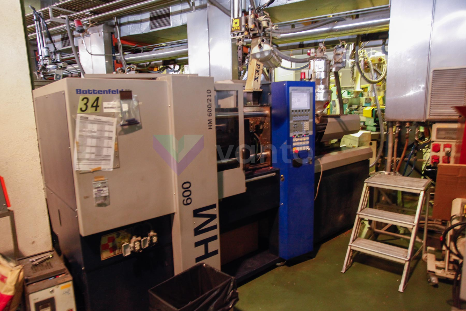 BATTENFELD BA HM 600 / 210 60t injection molding machine (2004) id4535