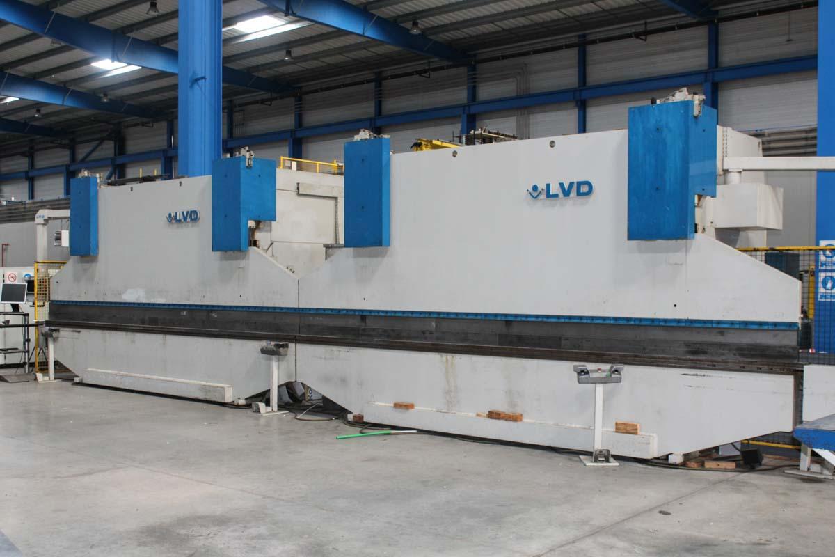 Plegadora CNC LVD PPEB 200/45 MNC 95 (1992) id10213