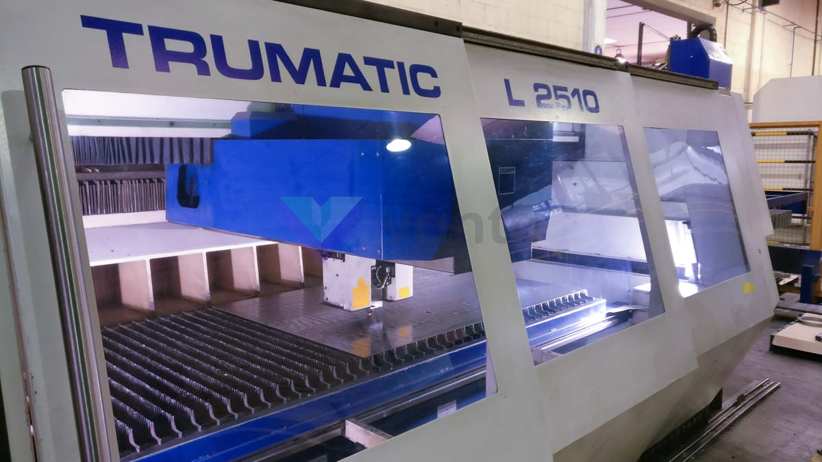 Machine de découpe laser (CO2) TRUMPF TRUMATIC L2510 (2005) id5420