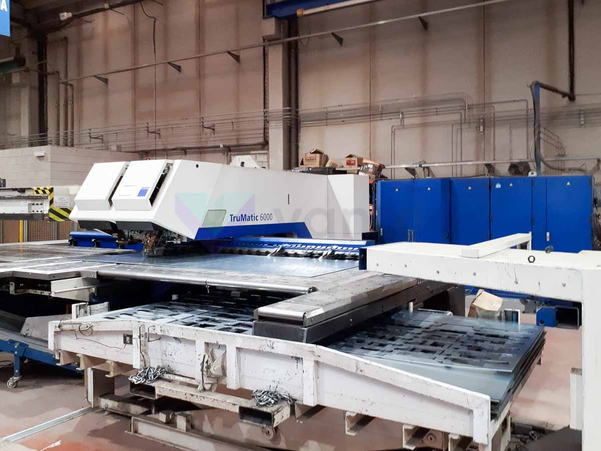 Poinçonneuse combinée au laser (CO2) TRUMPF TRUMATIC 6000  - 1600 (2007) id10150
