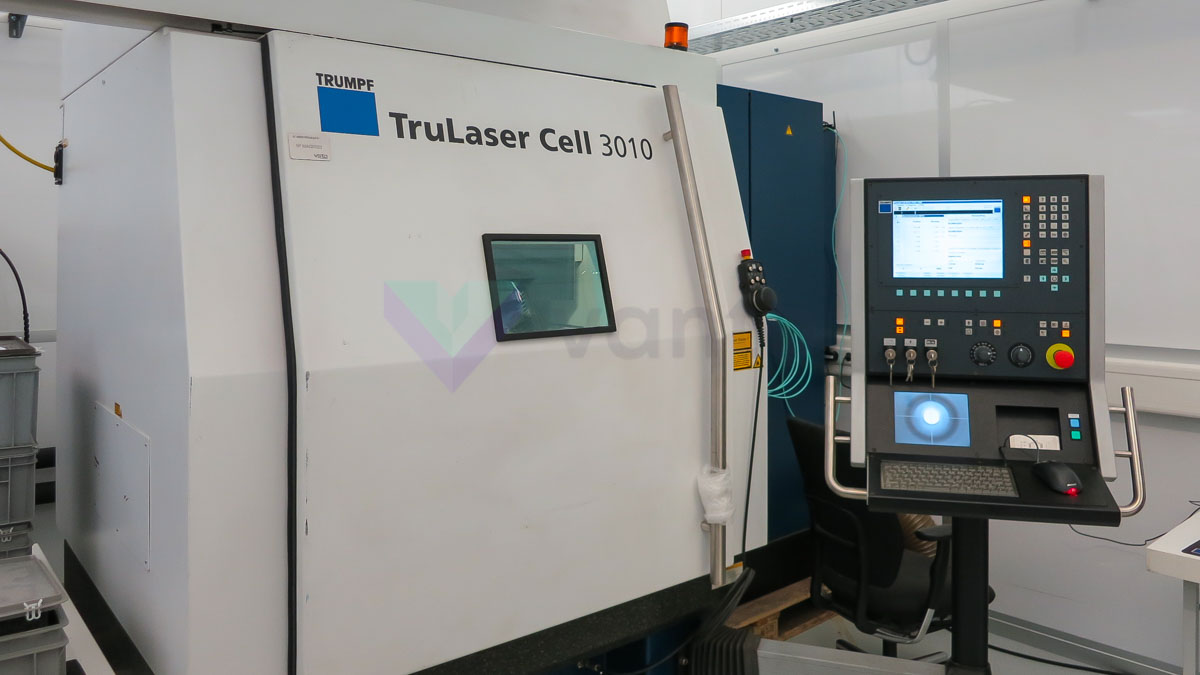 Machine de découpe laser 3D TRUMPF TRULASER CELL 3010 (2010) id5577