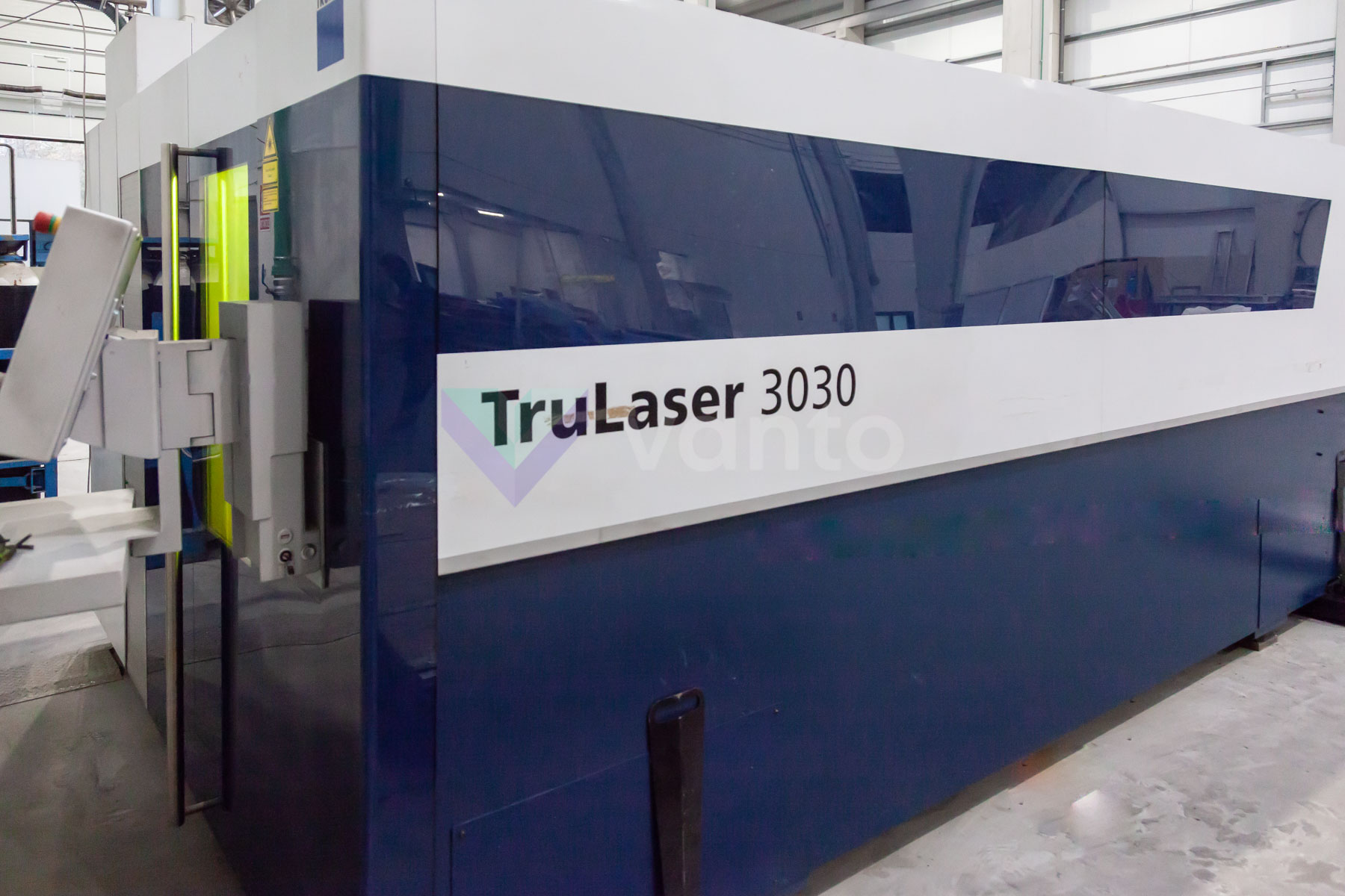 TRUMPF TruLaser 3030 Laser cutting machine (Fiber) (2015) id10141