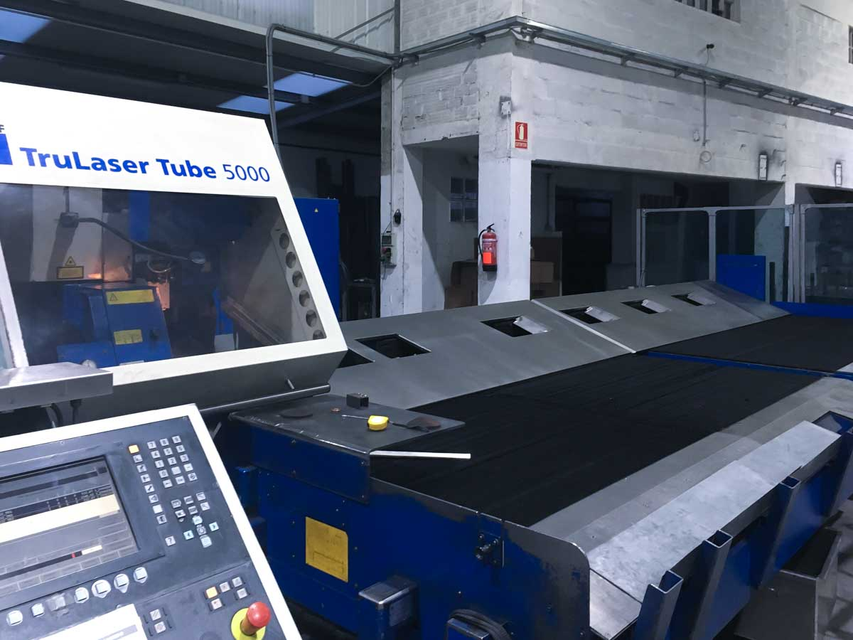 TRUMPF TruLaser Tube 5000 Laser pipe cutting machine (2008) id10180