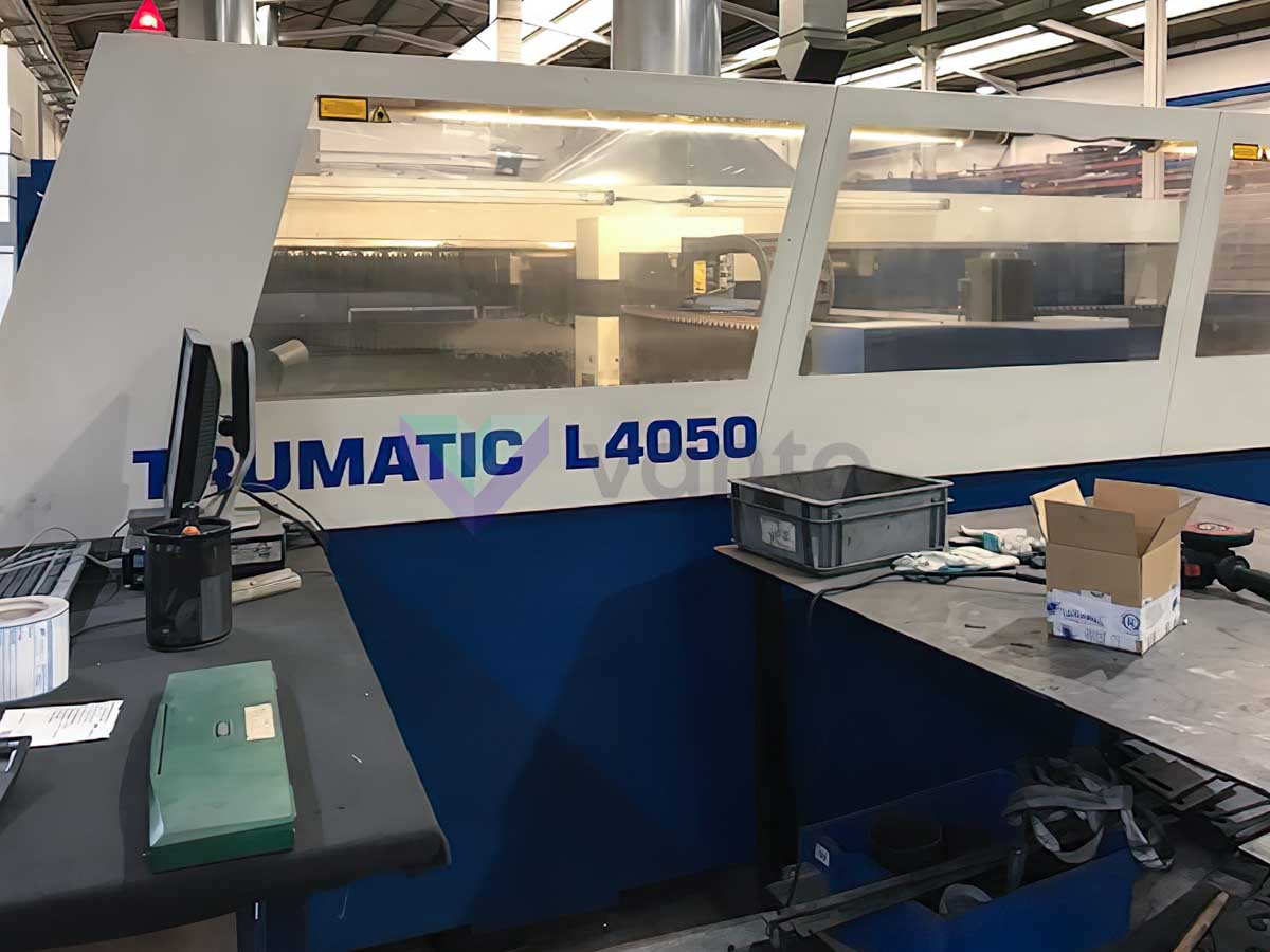 Machine de découpe laser (CO2) TRUMPF TRUMATIC L4050 (2006) id10359