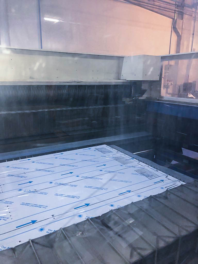 TRUMPF TRUMATIC L3030 Laser cutting machine (CO2) (2006) id10183