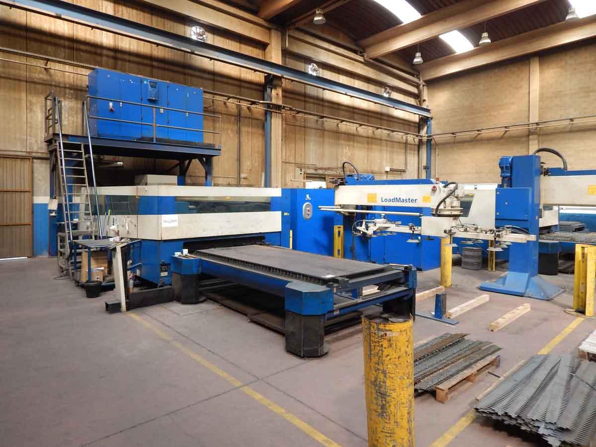 Machine de découpe laser (CO2) TRUMPF TruLaser 5030 (2008) id5650