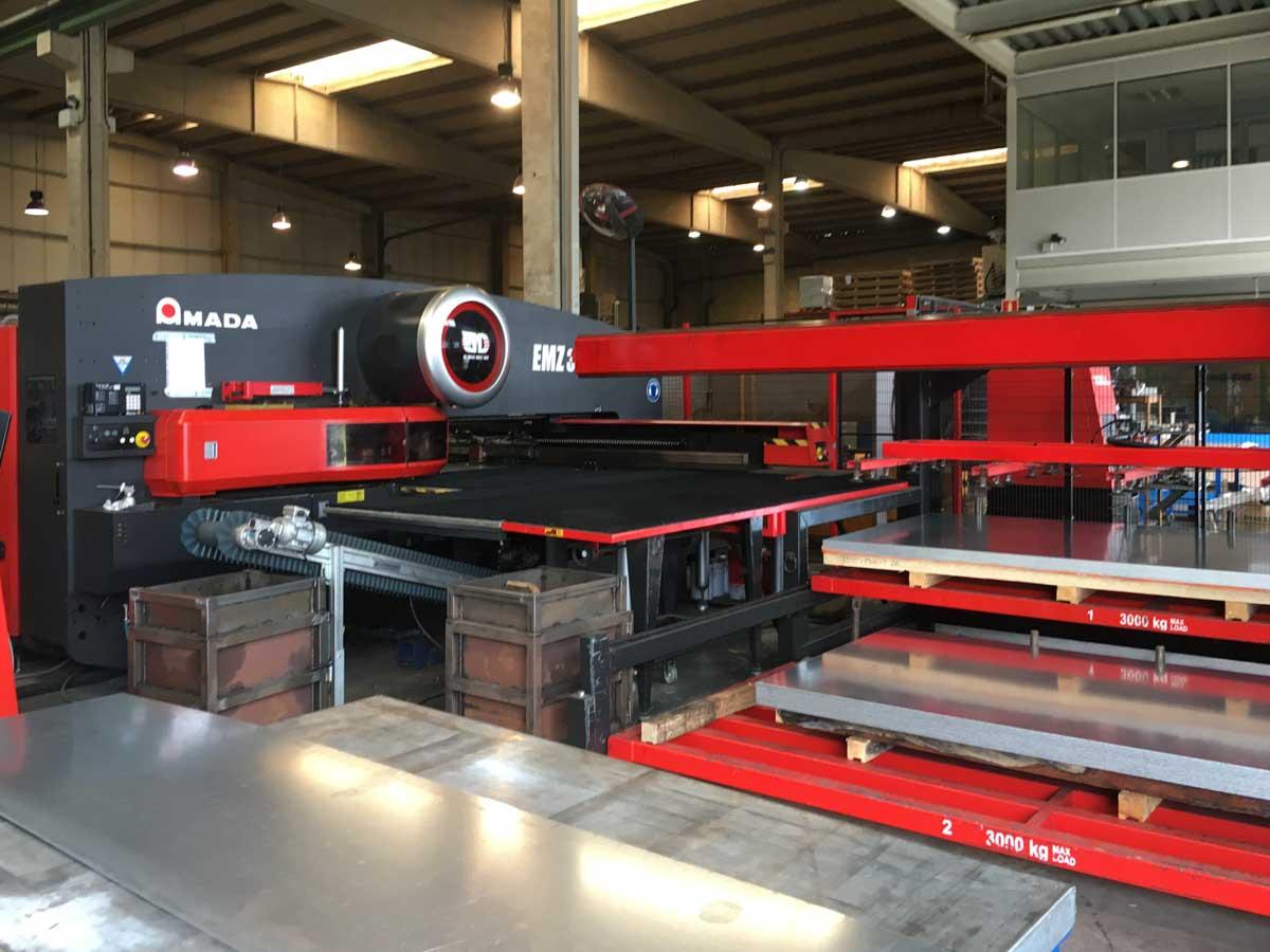 AMADA EMZ 3610 NT CNC punching machine (2012) id5593