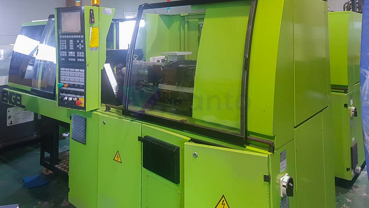 ENGEL VICTORY VC 200 / 45 TECH PRO 45t injection molding machine (2006) id10102