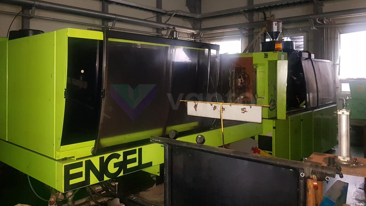 Machine de moulage par injection 200t ENGEL ES 1050 / 200 HL-SL (2002) id10205