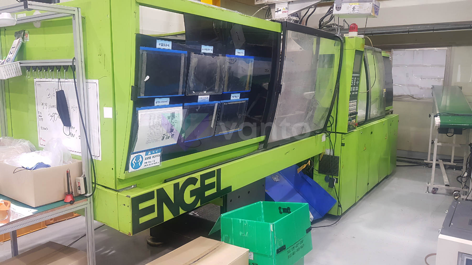 Machine de moulage par injection 125t ENGEL ES 330 / 125 HL PRO SERIES (2000) id10405