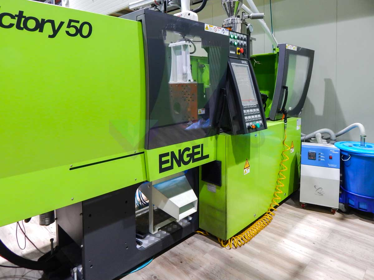 ENGEL VICTORY VC 200 / 50 TECH PRO 50t injection molding machine (2012) id10110