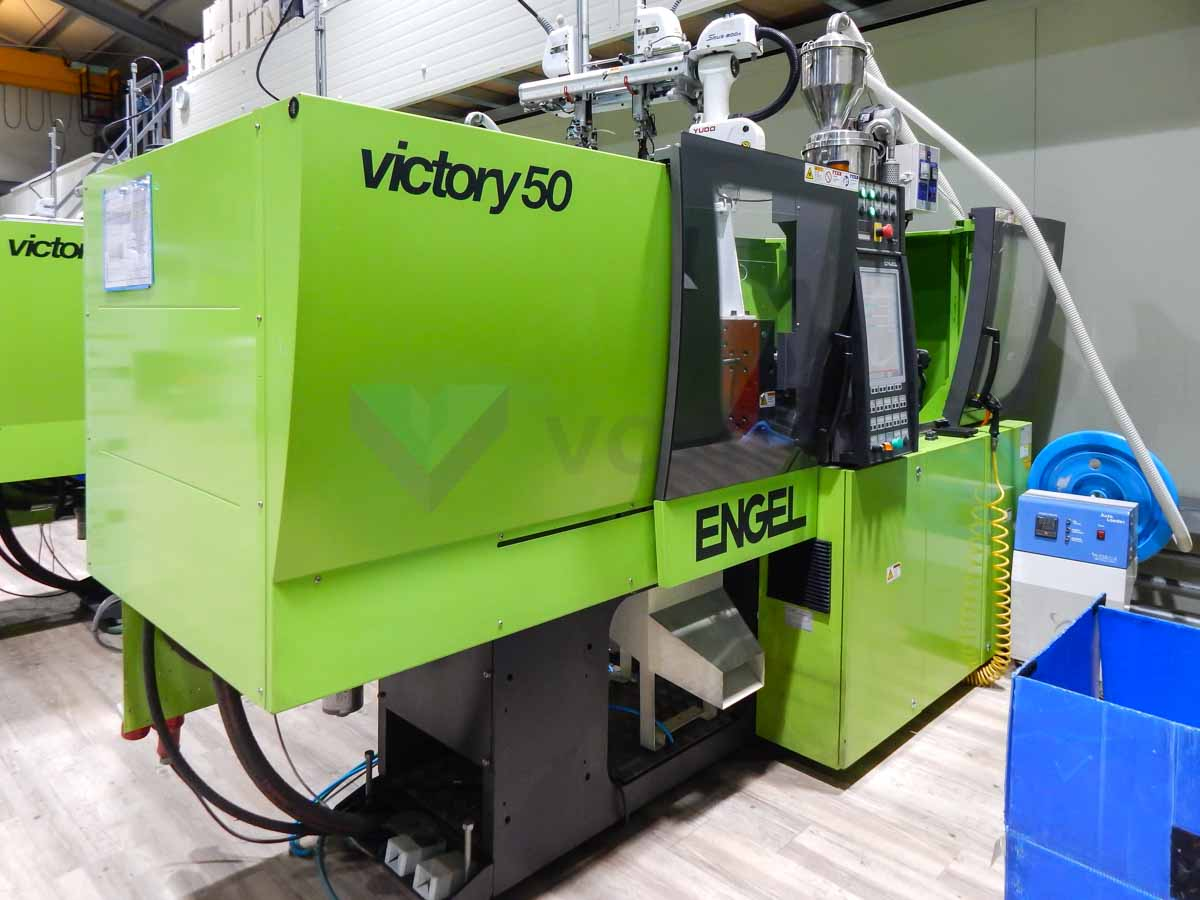 Machine de moulage par injection 50t ENGEL VICTORY VC 200 / 50 TECH PRO (2012) id10109