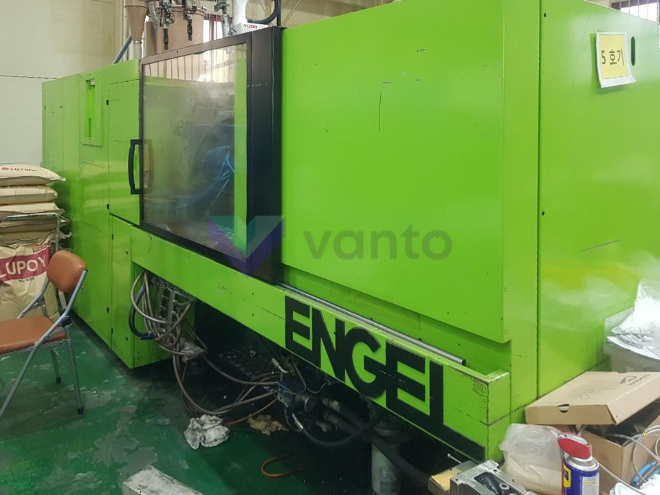 ENGEL VICTORY VC 500 / 120 TECH PRO 120t injection molding machine (2004) id10417