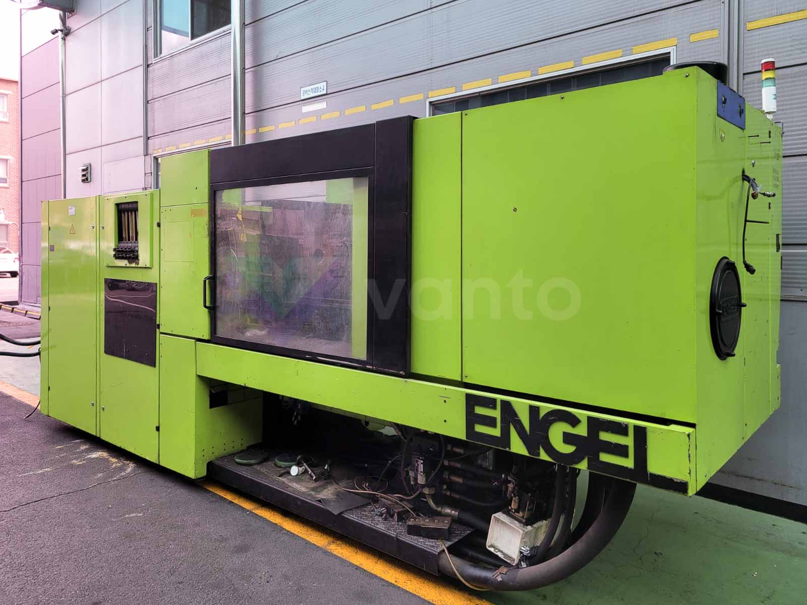ENGEL VICTORY VC 500 / 150 TECH PRO 150t injection molding machine (2003) id10532