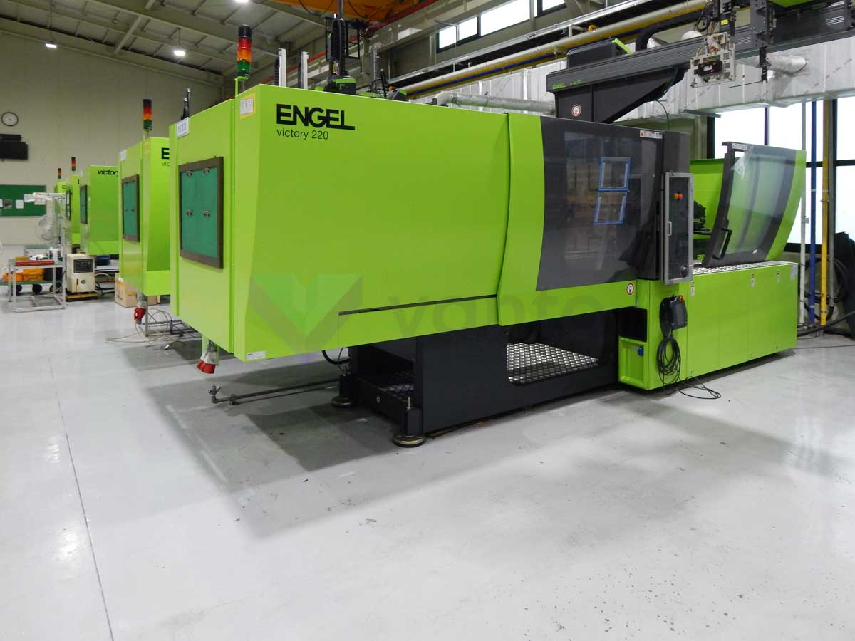 Machine de moulage par injection 220t ENGEL VICTORY VC 500 / 220 TECH PRO (2016) id10135
