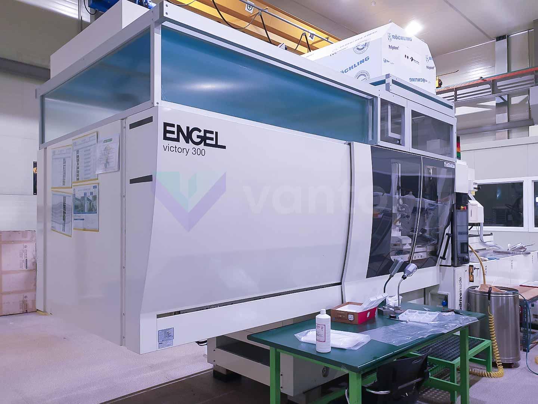 ENGEL VICTORY VC 1050 / 300 TECH PRO 300t injection molding machine (2016) id10579