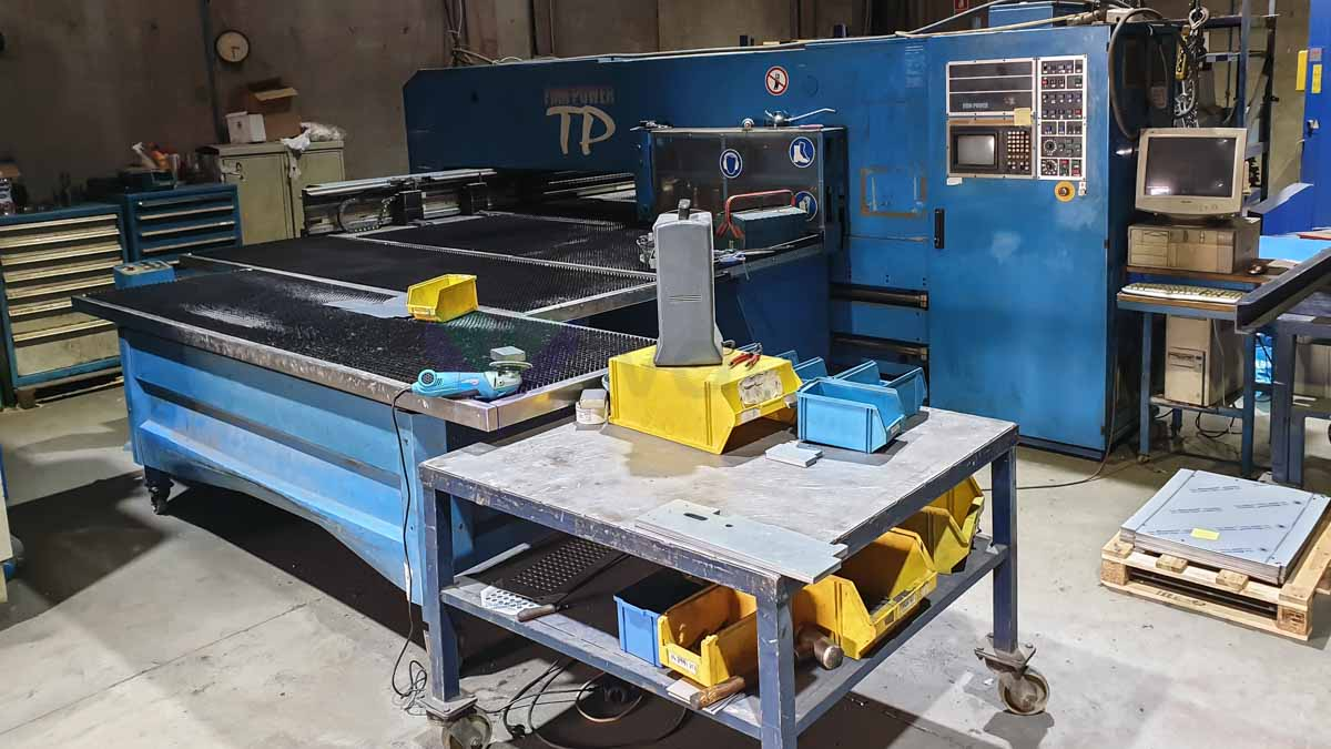 FINN POWER TP 2520 BI / AM CNC punching machine (1996) id10161