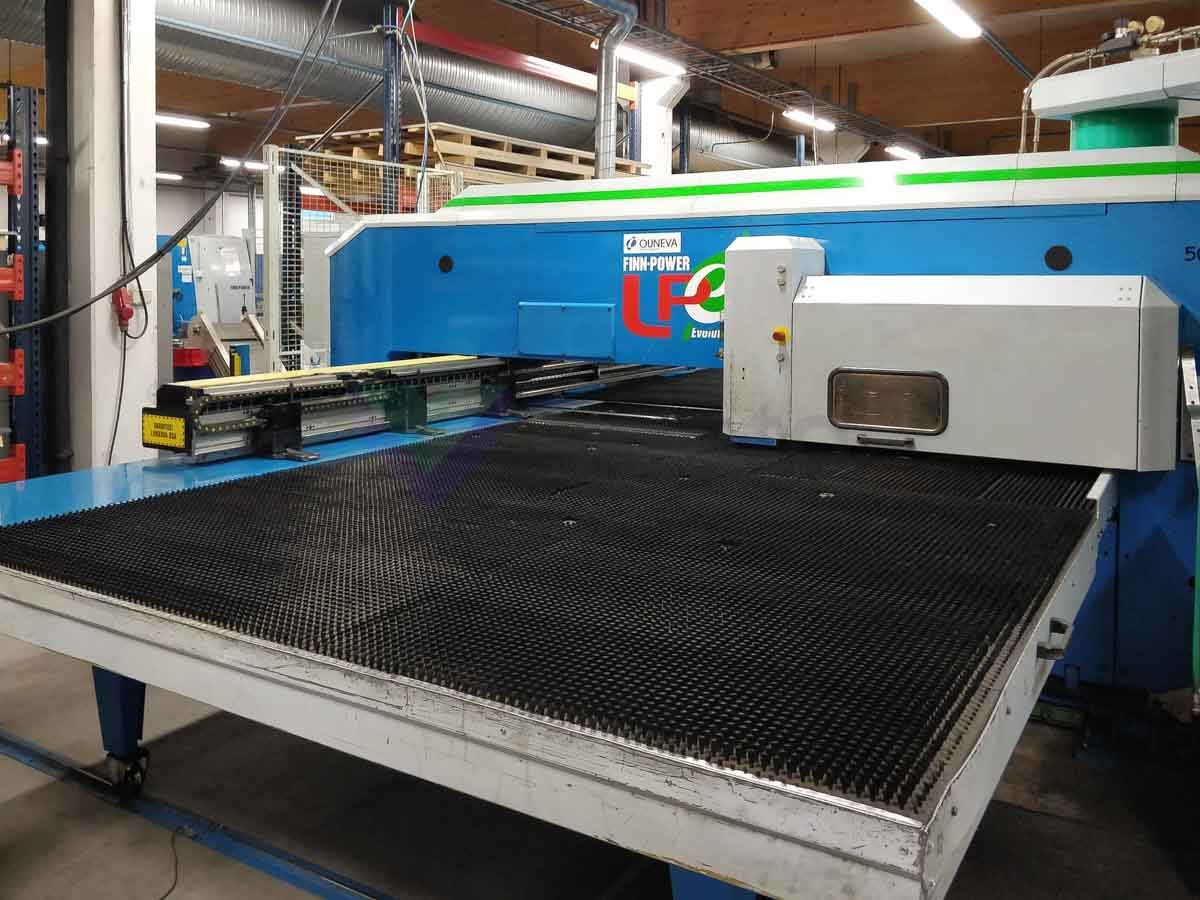 Punzonadora combinada laser (CO2) FINN POWER LPe5 SWTUH (2004) id10172
