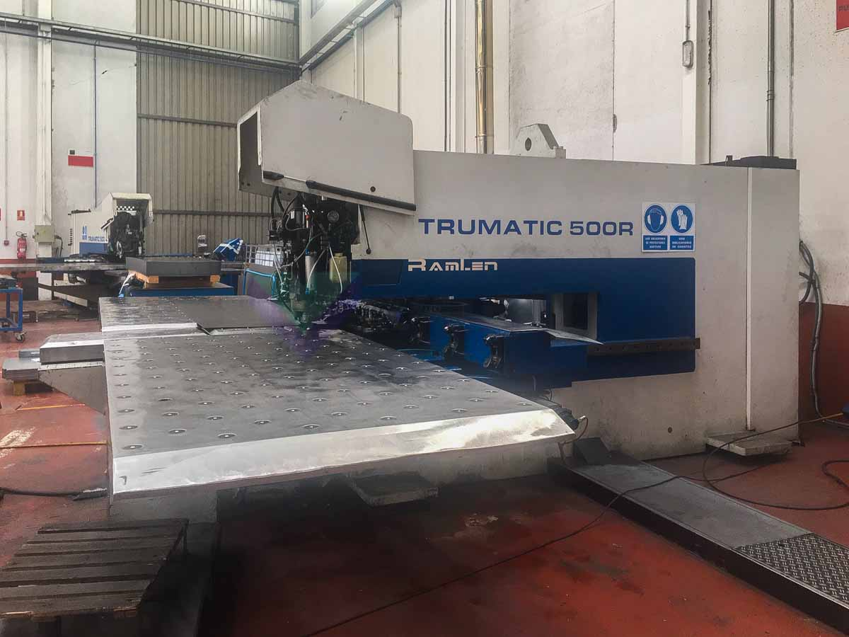 TRUMPF TC 500 R CNC punching machine (1993) id10176