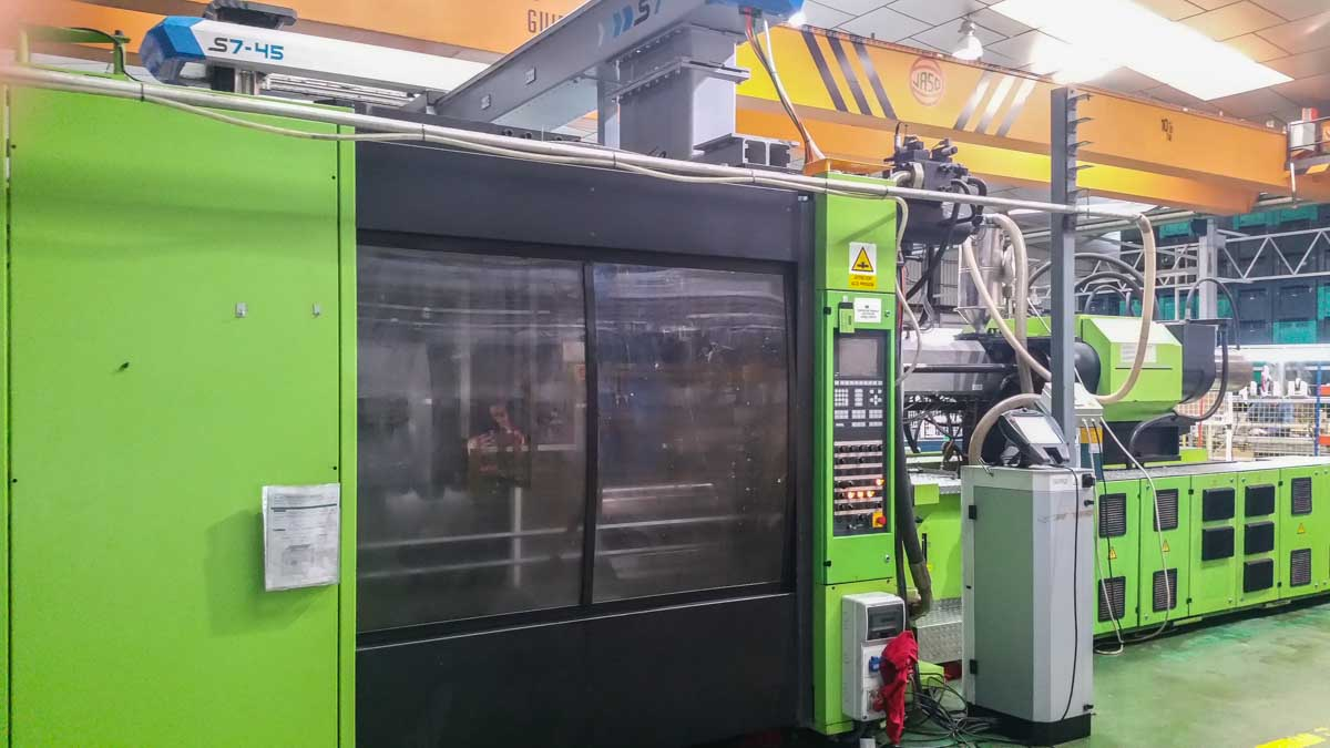 ENGEL ES 7050 / 1100 DUO 1100t injection molding machine (2000) id10164