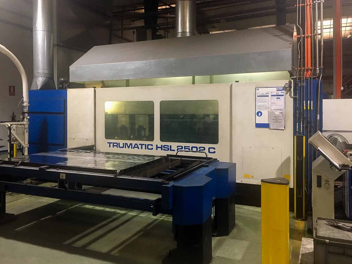 Machine de découpe laser (CO2) TRUMPF TRUMATIC HSL 2502 C (2002) id10226
