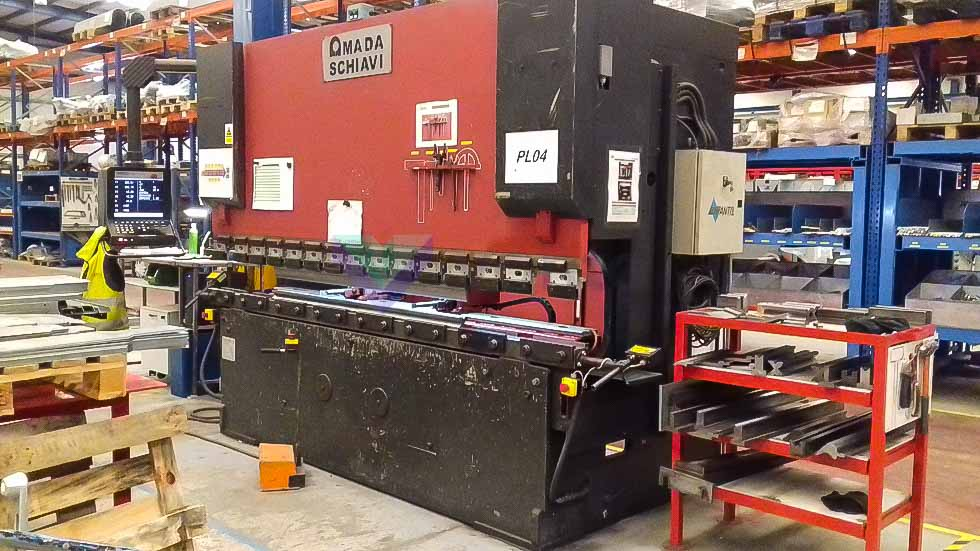 Plegadora CNC AMADA SCHIAVI HFB 100/3 (1999) id10303