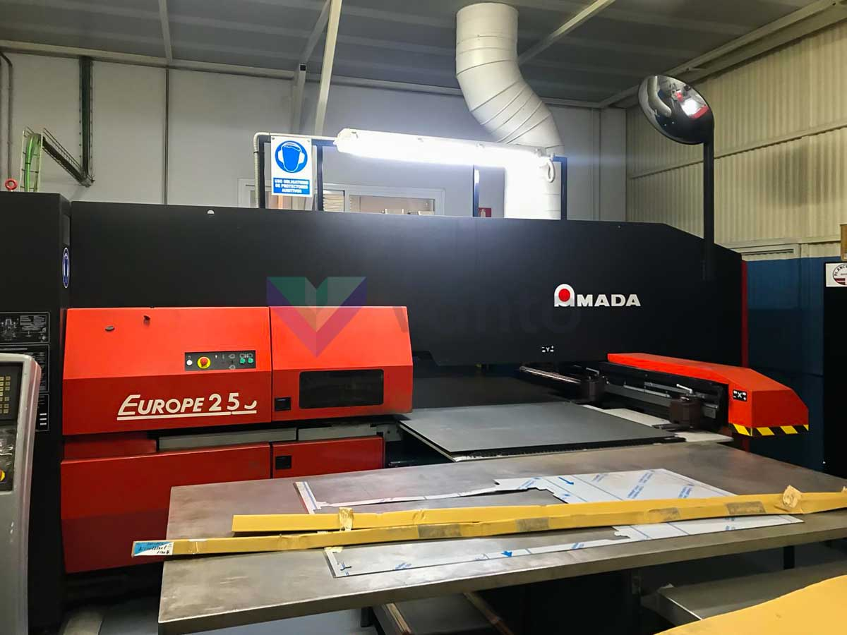 AMADA EUROPE 255 CNC punching machine (2005) id10314