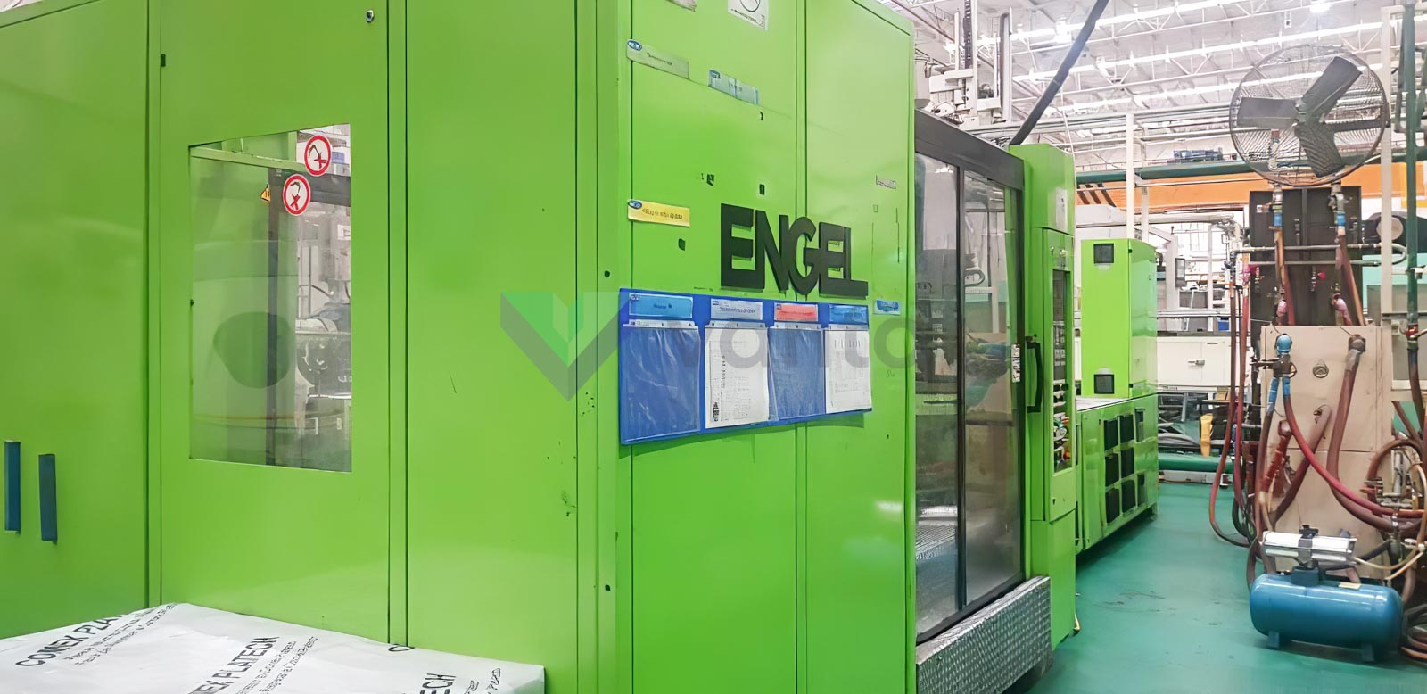 Machine de moulage par injection 900t ENGEL DUO 2550 / 900 (2005) id10367
