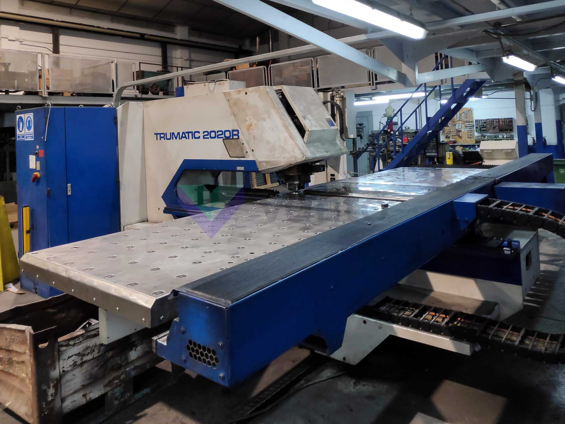 TRUMPF TruPunch 2020 CNC punching machine (2002) id10383
