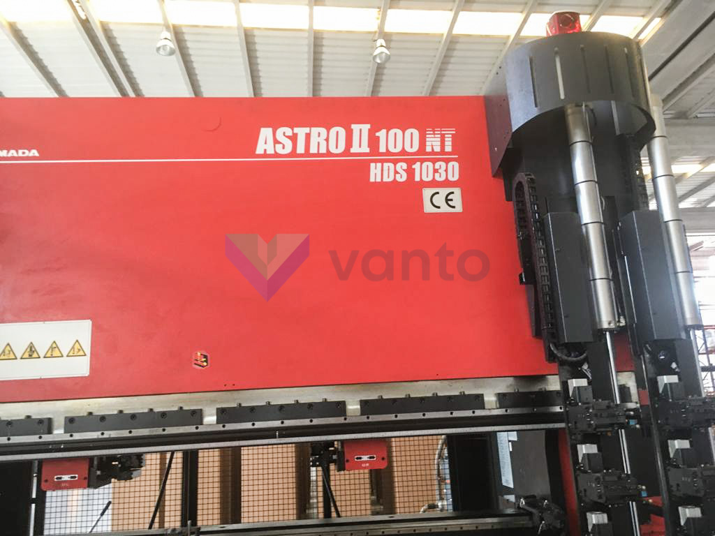 AMADA ASTRO II 100 NT HDS-1030 NTR Bending Cell (2008) id10413