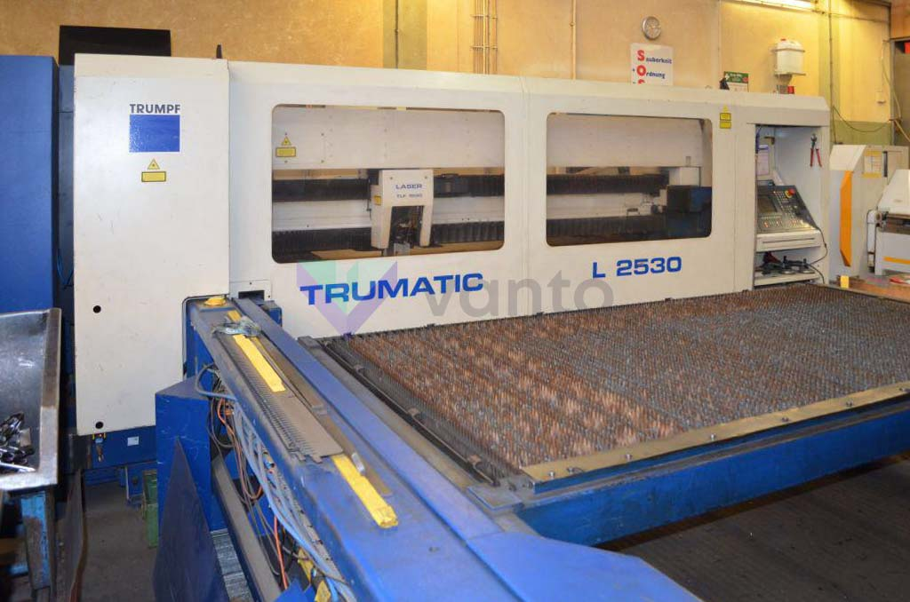 TRUMPF TRUMATIC L2530 Laser cutting machine (CO2) (1998) id10434