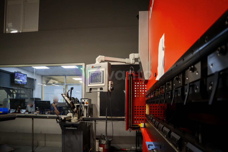 Plegadora CNC AMADA HFE T2 1003 (2018) id10454