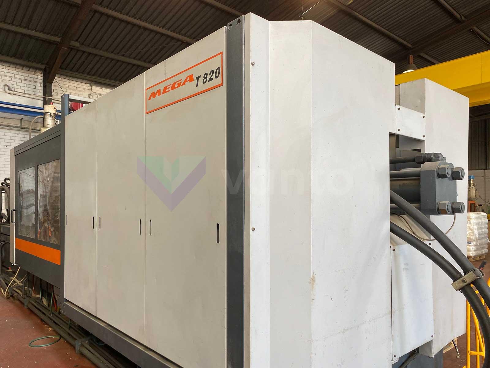 Máquina de moldeo por inyección de 820t SANDRETTO MEGA T 820 (1999) id10495