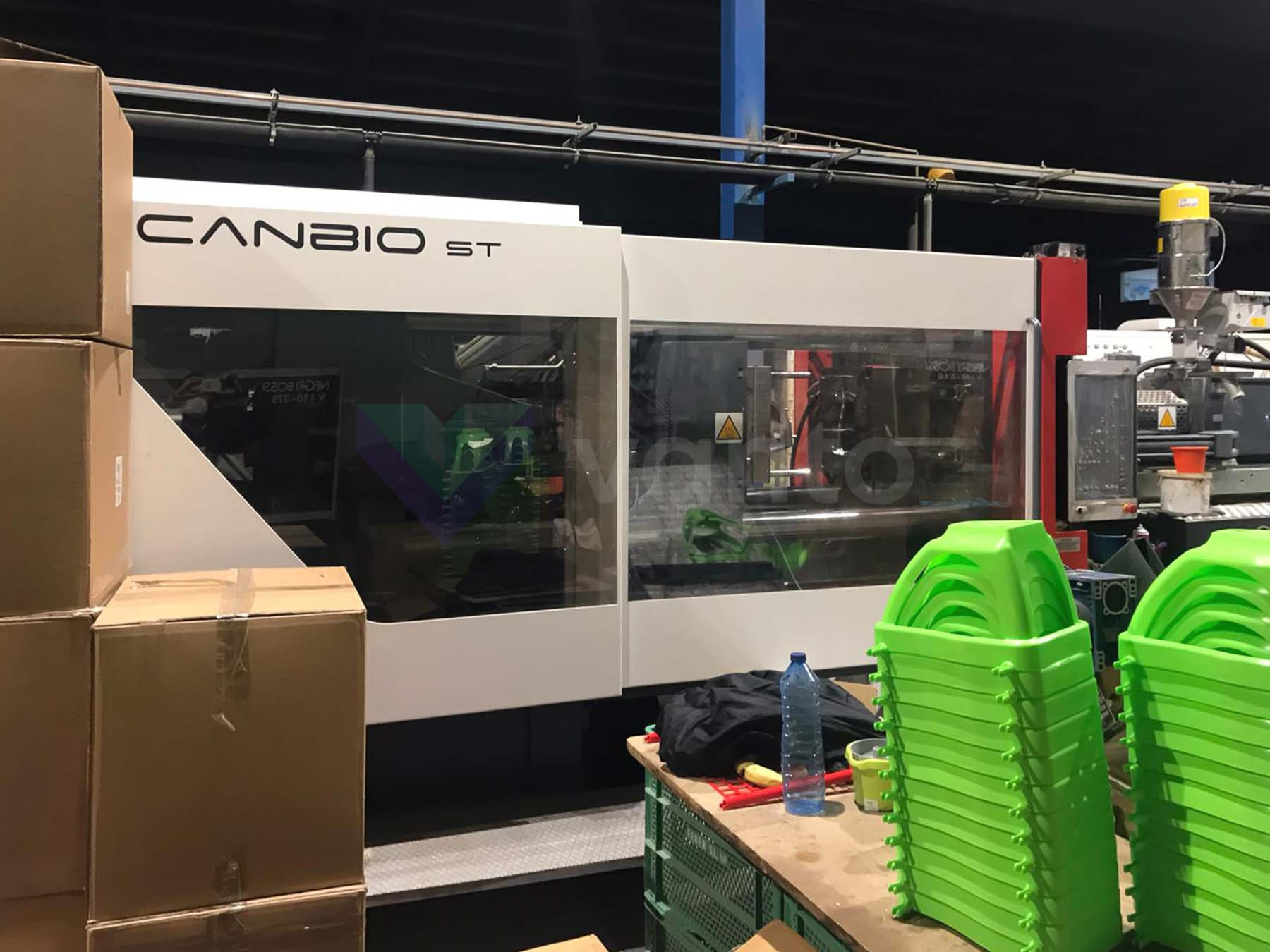 Machine de moulage par injection 400t NEGRI BOSSI CANBIO ST 400 (2018) id10516