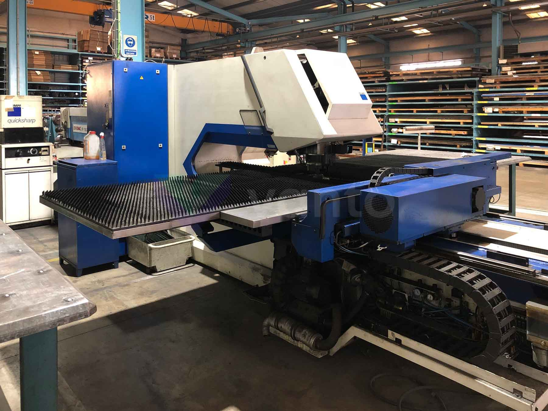 TRUMPF TC 2000 R CNC punching machine (1998) id10519