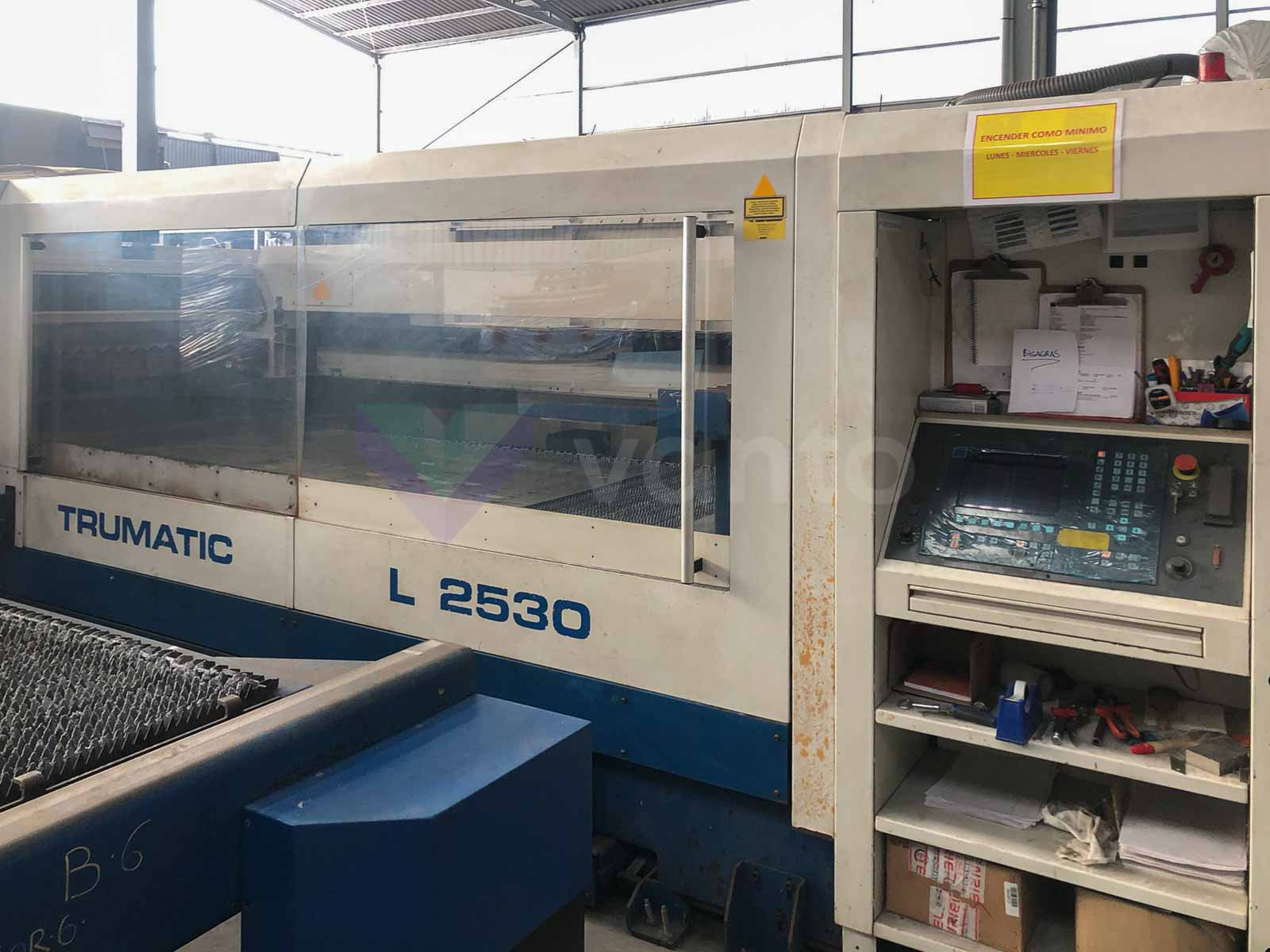 TRUMPF TRUMATIC L2530 Laser cutting machine (CO2) (2004) id10557